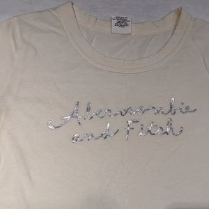 Abercrombie & Fitch XS graphic logo short sleeves